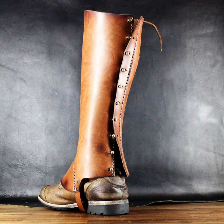 Leather gaiters - leg armor