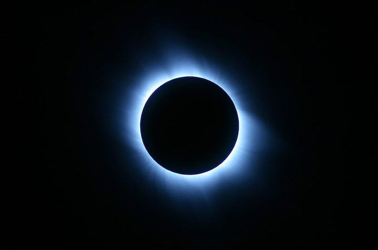 A Rare Total Solar Eclipse is Coming in Summer 2017
