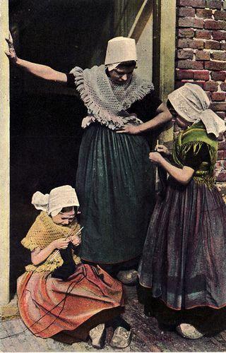 klederdracht 1906.jpg, via Flickr. #Zeeland #Walcheren
