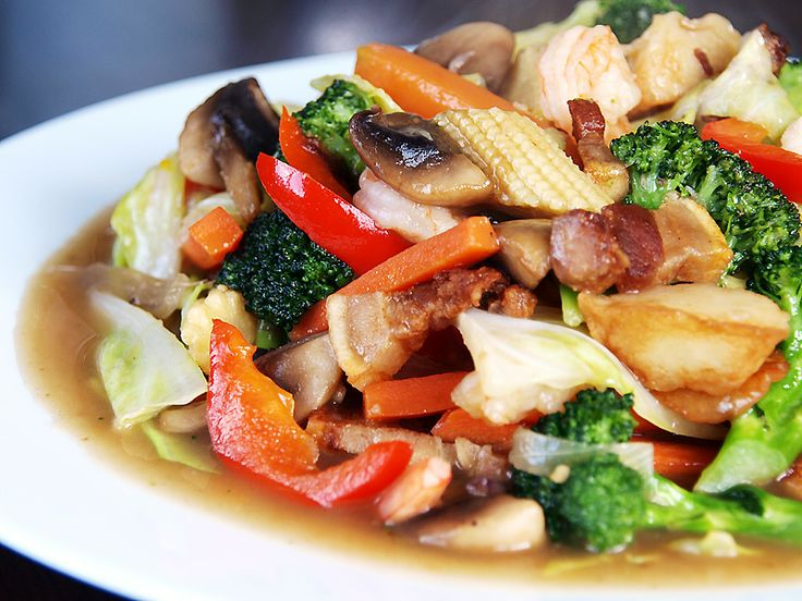 Chopseuy - I don't like veggies but I like this! Big time! :)