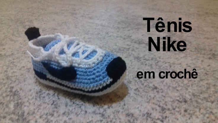 Tênis Nike em crochê