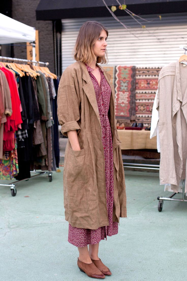 26 Stylish Snaps From L.A. Farmers' Markets #refinery29  http://www.refinery29.com/farmers-market-street-style#slide6  Name: Jenni Williams      What She's Wearing: Vintage coat, vintage L.L.Bean dress, vintage Via Spiga shoes.