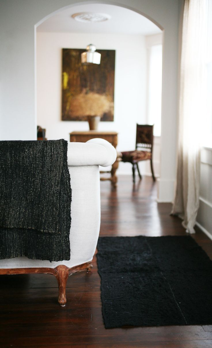 Simple living room [ BruceChampionRealEstate.com ] #livingroom #RealEstate #Premier