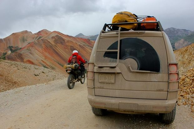 Off Piste: On the Trans-America Trail with Land Rover LR4s