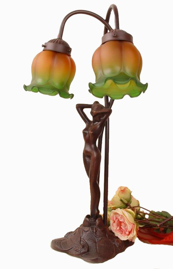 Nastrojowa lampa w stylu secesyjnym / lamp with a woman in art noveau style