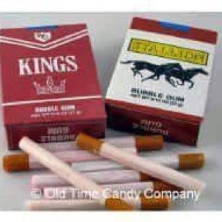 Sigarette di gomma da masticare: molto poco educative...