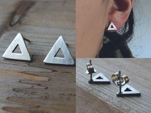 driehoek studs / simple driehoek oorbellen / door AshkalJewelry