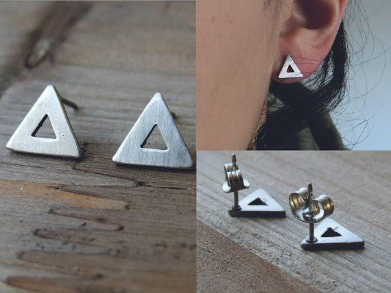 driehoek studs / simple driehoek oorbellen / door AshkalJewelry