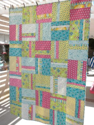 Jedi Craft Girl: A Quilt Gift (photos only -- version of simple stripes quilt from Diary of a Quilter)