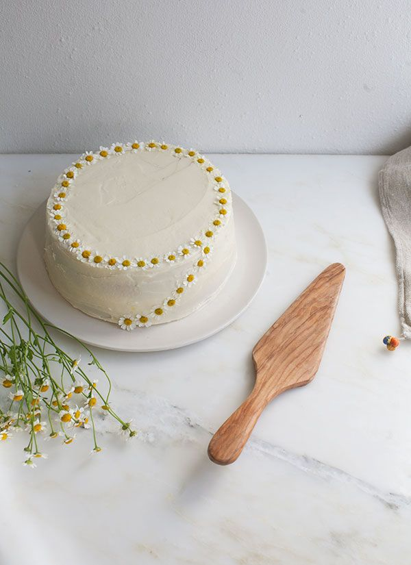 ... chamomile cake with honey frosting ...