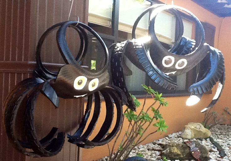 Recycled Tire Spiders great for Halloween from www.cooltireswings.com