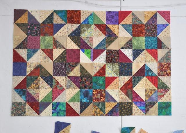 Triangle Quilt: Scrap Quilts, Barbed Cat, Quilts Inspiration, Halfsquar Triangles, Triangle Quilts, Quilts Halfsquar, Quilts Ideas, Barbed S Cat, Triangles Quilts