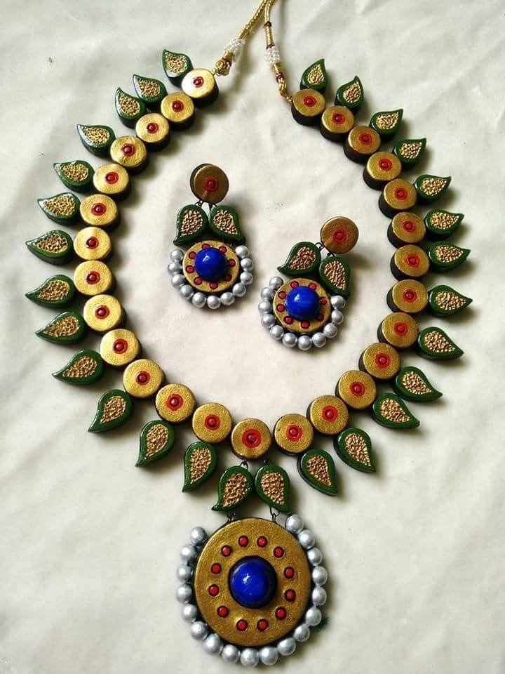 605 best images about clay on pinterest for How to make paper mache jewelry