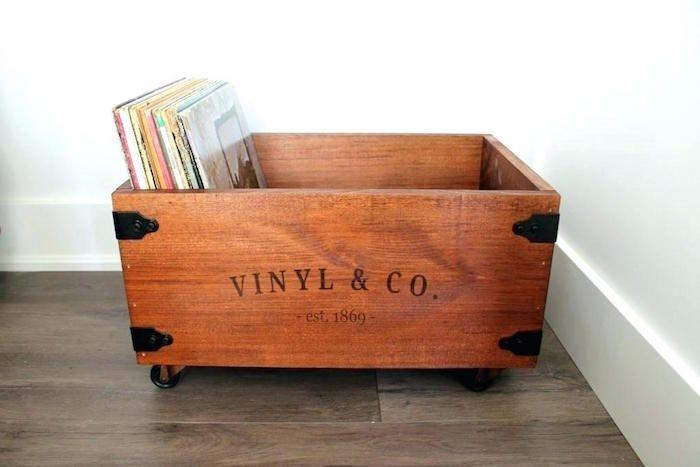 1001 Idees Rangement Vinyle Des Solutions Et Un Tuto Rangement Vinyle Rangement De Disques Stockage De Disque Vinyle