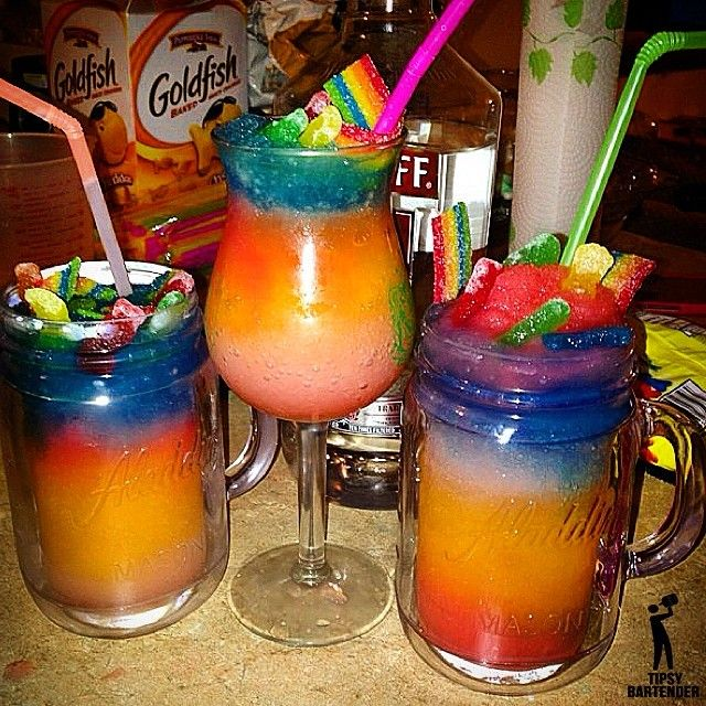 CANDY CRUSH Each layer consists of: 1 oz. (30ml) Vodka Kool-Aid Mix ( Kool-Aid, Sugar, Water) Ice Blend *Use different colors of Kool-Aid