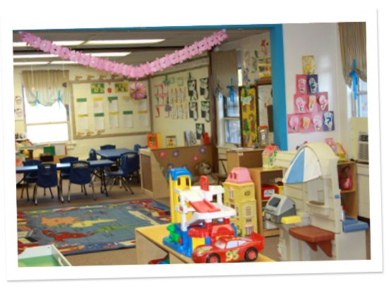 Sunshine Christian Preschool offers programs that provide your child with a unique preschool experience. #ChristianPreschool  http://sunshinepreschool.net/
