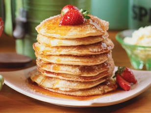 Strawberry filled cinnamon pancakes