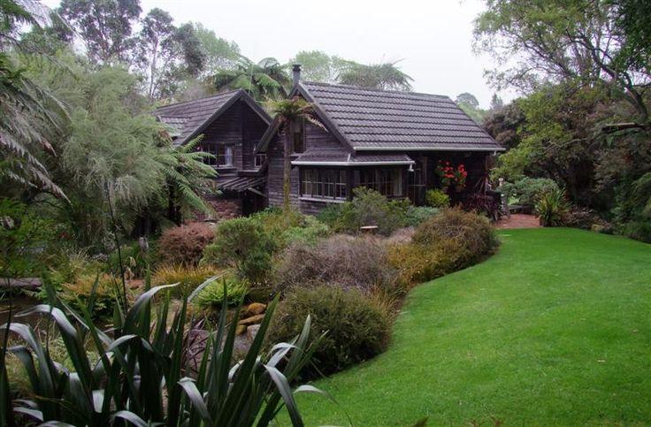 A most gorgeous native garden: Te Kainga Marire, New Plymouth, NZ