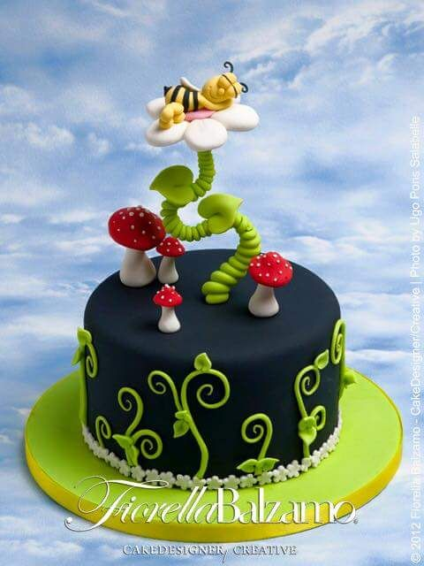 932 best cakes images on Pinterest Birthday cakes 1st birthday
