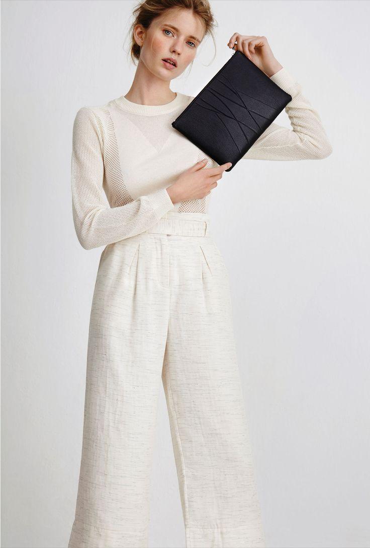 ALESYA ORLÓVA LOOKBOOK 16 / 17 GEO Clutch black / minimal, accessory, handbag, simplicity