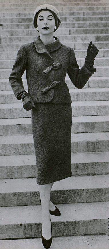 Tailleur di Hubert de Givenchy 1956