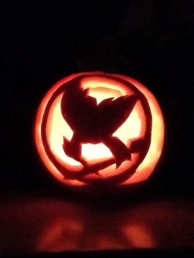 Hunger games pumpkin carving ideas hunger games fan art