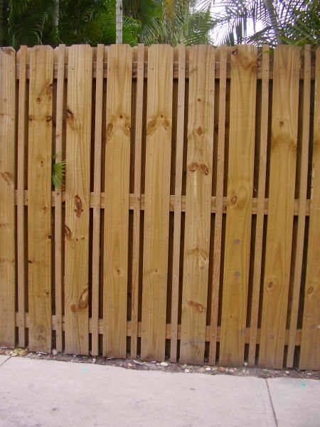 """1""""X 2""""X6' board be nailed between pickets"""