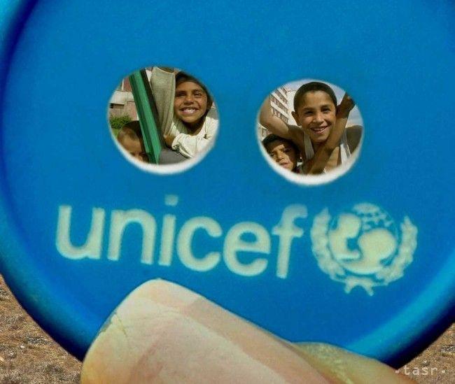 Týždeň modrého gombíka pomôže tento rok ukrajinským deťom - Zaujímavosti - SkolskyServis.TERAZ.sk