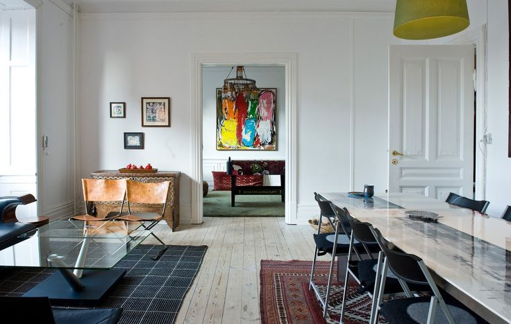 Hele verden i en lejlighed på Frederiksberg