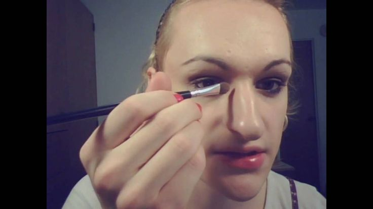 Does Transvestite makeup guide
