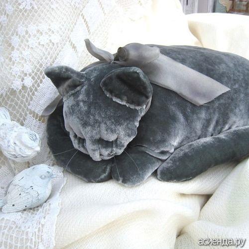 """almofadas decorativas com as mãos (bônus MK-agregado como a costurar relaxar travesseiro ortopédico e um travesseiro costurar """"gato do sono""""): Diary of ludun4ik usuário"""