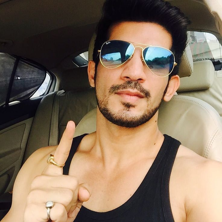 """arjunbijlani: """"11 years for this picture.its never too late.#happiness#blessed #naagin #ritik #instagood #instalike #instapeople #instalovers #fanlove @colorstv"""""""