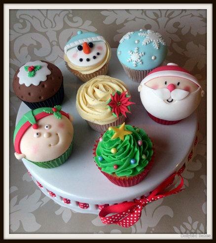 Christmas Themed Cupcakes  Cake by dollybird