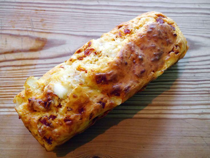 Cake au Chorizo et à la  Mozzarella - Espelette et Chocolat