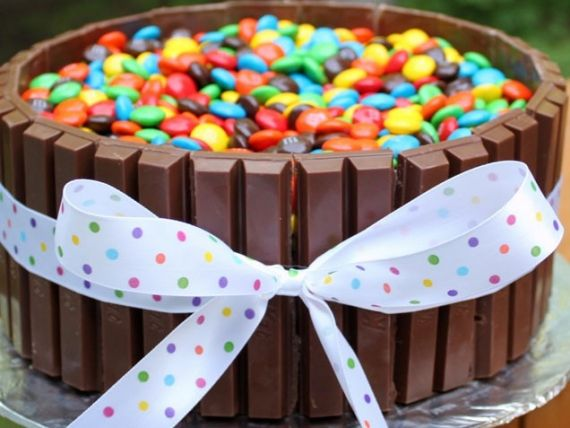 100 Easy kids' birthday cakes