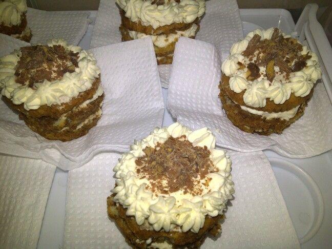 Tiramisu cupcakes..see recipe on http://www.stylexplora.blogspot.com