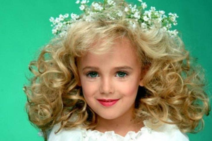 El documental 'Casting JonBenet' ahonda en el asesinato de una reina de concursos infantiles de belleza de 6 años, un caso que conmocionó Estados Unidos