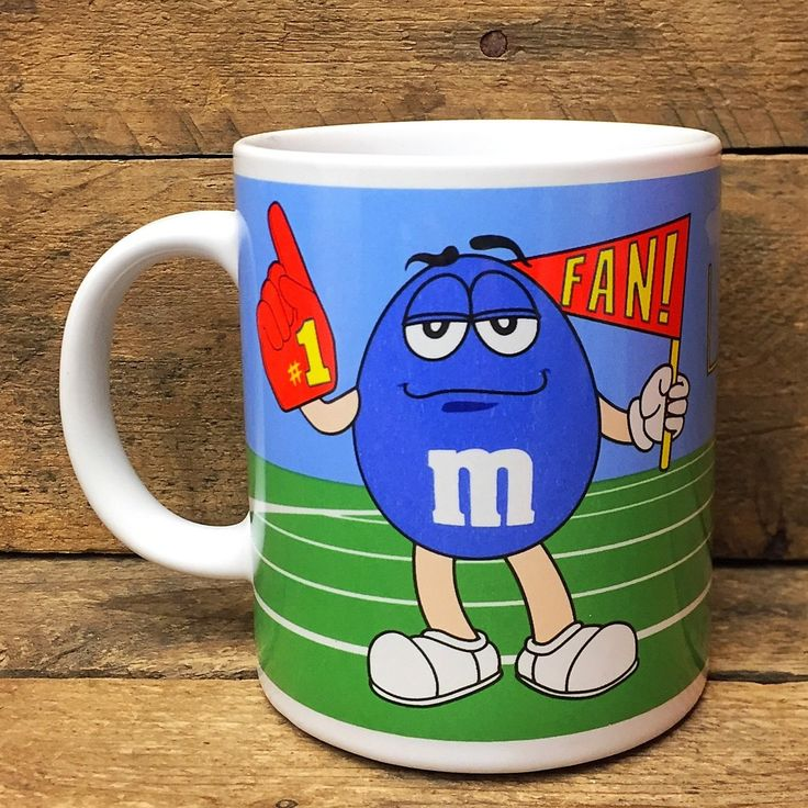 M&Ms Mug Blue and Green m&m #1 Fan on Playing Field Galerie