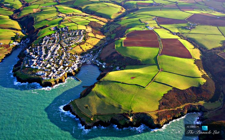 Port Isaac – A Picturesque Fishing Village on the Atlantic Coast of North Cornwall, England, United Kingdom