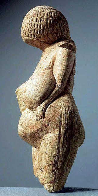 The Venus of Kostyonki, number 2 - created 23000-21000 BCE, found Russia
