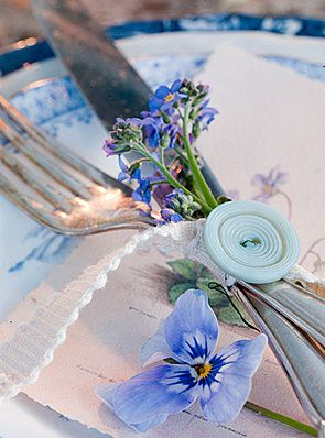 pretty tablesetting