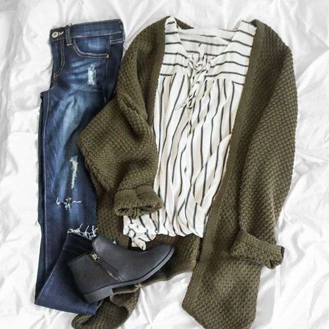 striped wrap tank + oversized olive knit + perfectly distressed denim #uoionl… 1