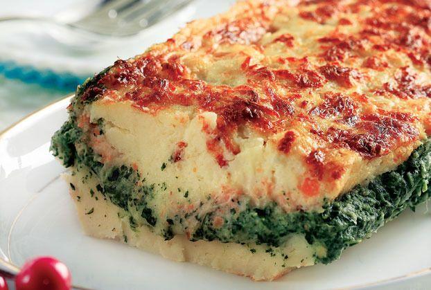 ΥΛΙΚΑ   * Για τον πουρέ πατάτας - σελινόριζας   * 2½ κιλά πατάτες   * 1 μεγάλη σελινόριζα   * 4 κ.σ βούτυρο   * 1 ποτήρι γάλα...