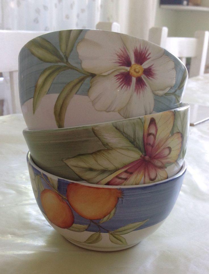 Bowls pintados a mano. Facabook DBA Originals. Dolores Basavilbaso