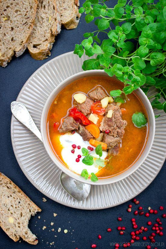 Zupa gulaszowa - przepis