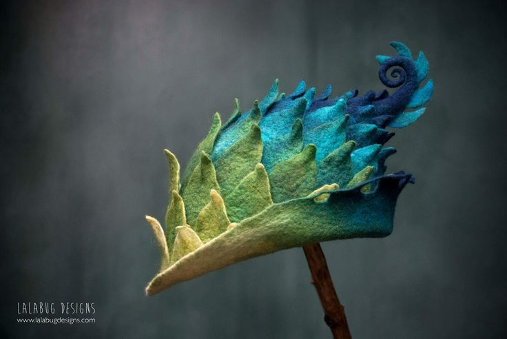 Dragon scale wren - sculpted merino hat by lalabug designs
