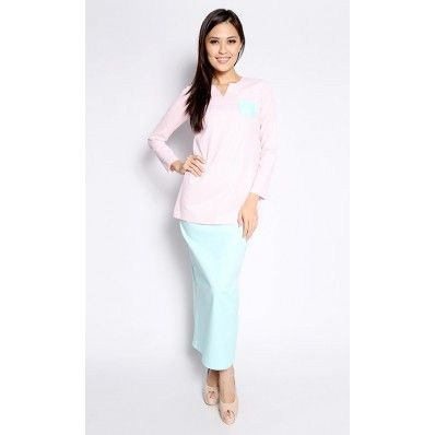 Adrianna Yariqa - Striped Vintage Kurung in Pink