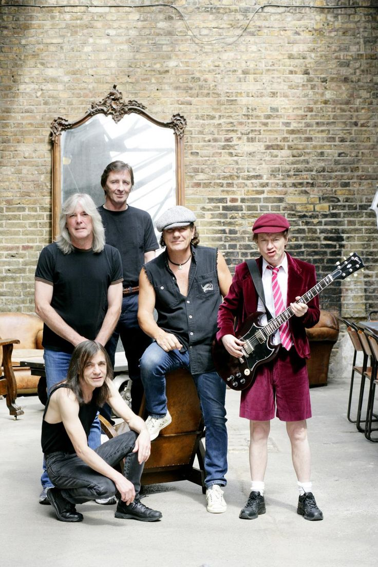 Brian Johnson, Angus Young, Malcolm Young, Cliff Williams, & Phil Rudd, of the one and only AC/DC!
