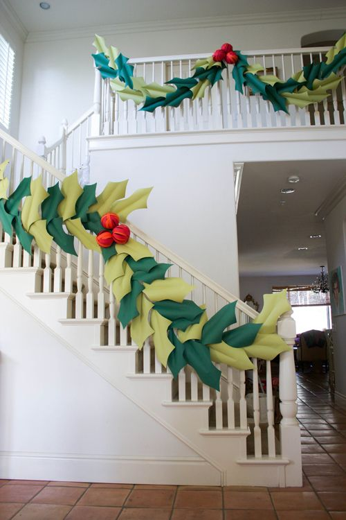 The House That Lars Built.: Oversized holly & berry paper garland - a garland that doesn't take up a lot of room to store!