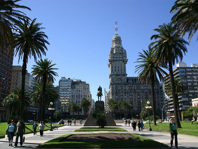 Dicas e fotos do que fazer em Montevideo.